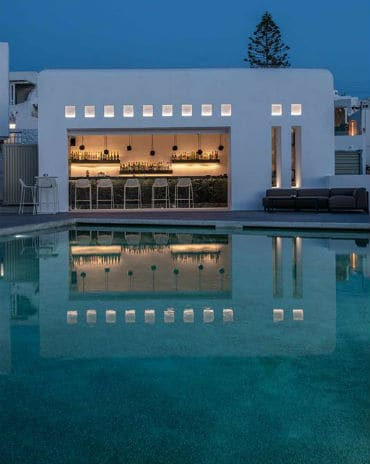 rochari-pool-bar