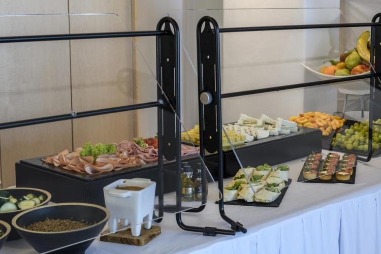 Rochari_Hotel_breakfast_bufet (10)