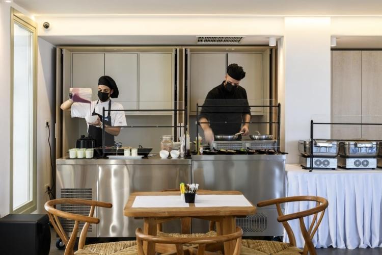 Rochari_Hotel_breakfast_bufet (4)