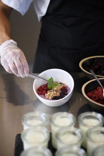 Rochari_Hotel_breakfast_bufet (5)