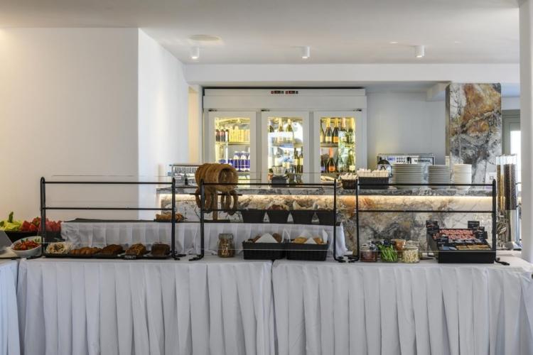 Rochari_Hotel_breakfast_bufet (8)
