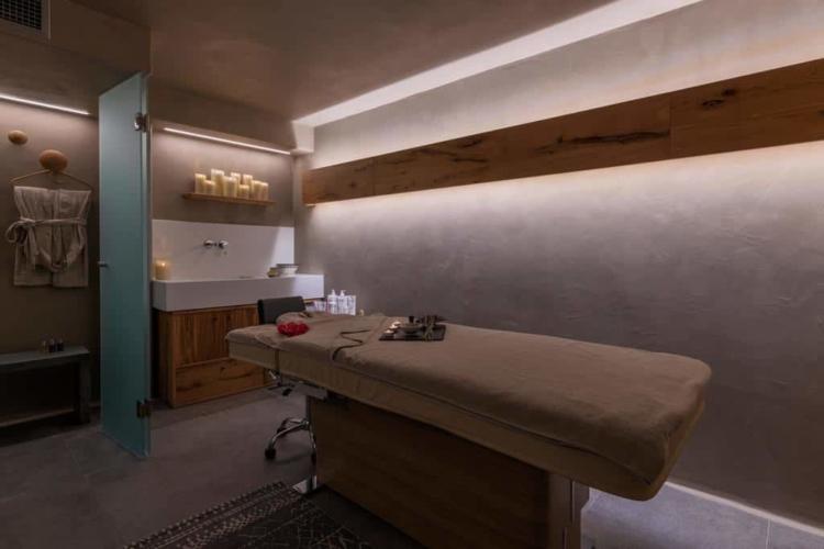 rocahri-spa-massage-area (13)