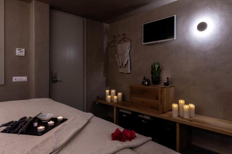 rocahri-spa-massage-area (14)