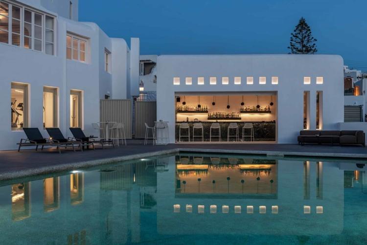 Swimming Pool & Pool Bar Area